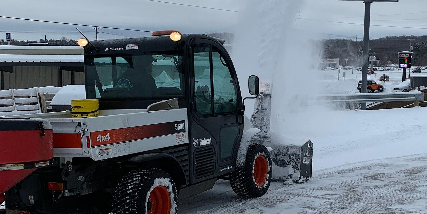 Snow removal services in Eau Claire, Wisconsin