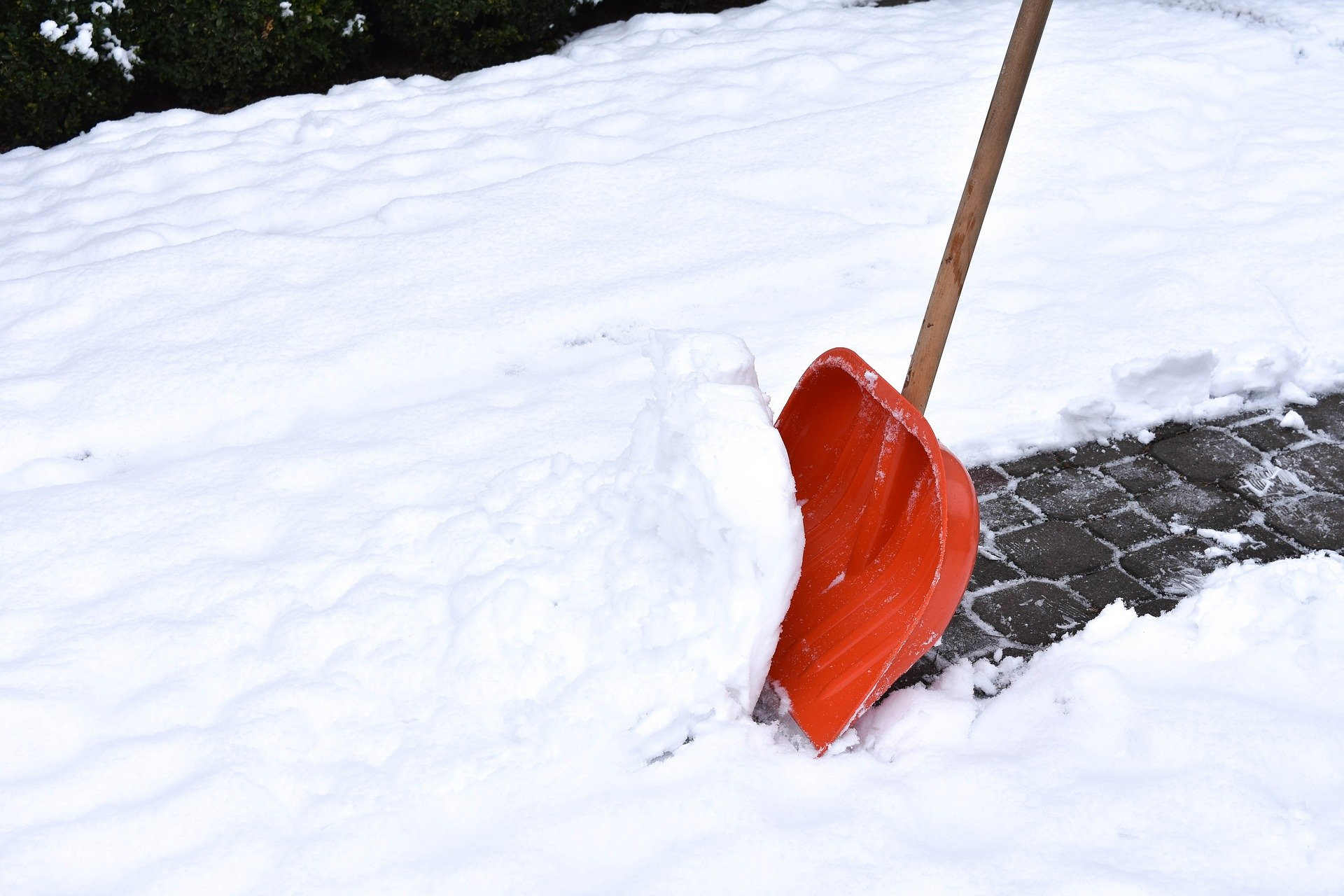 Snow removal with a shovel